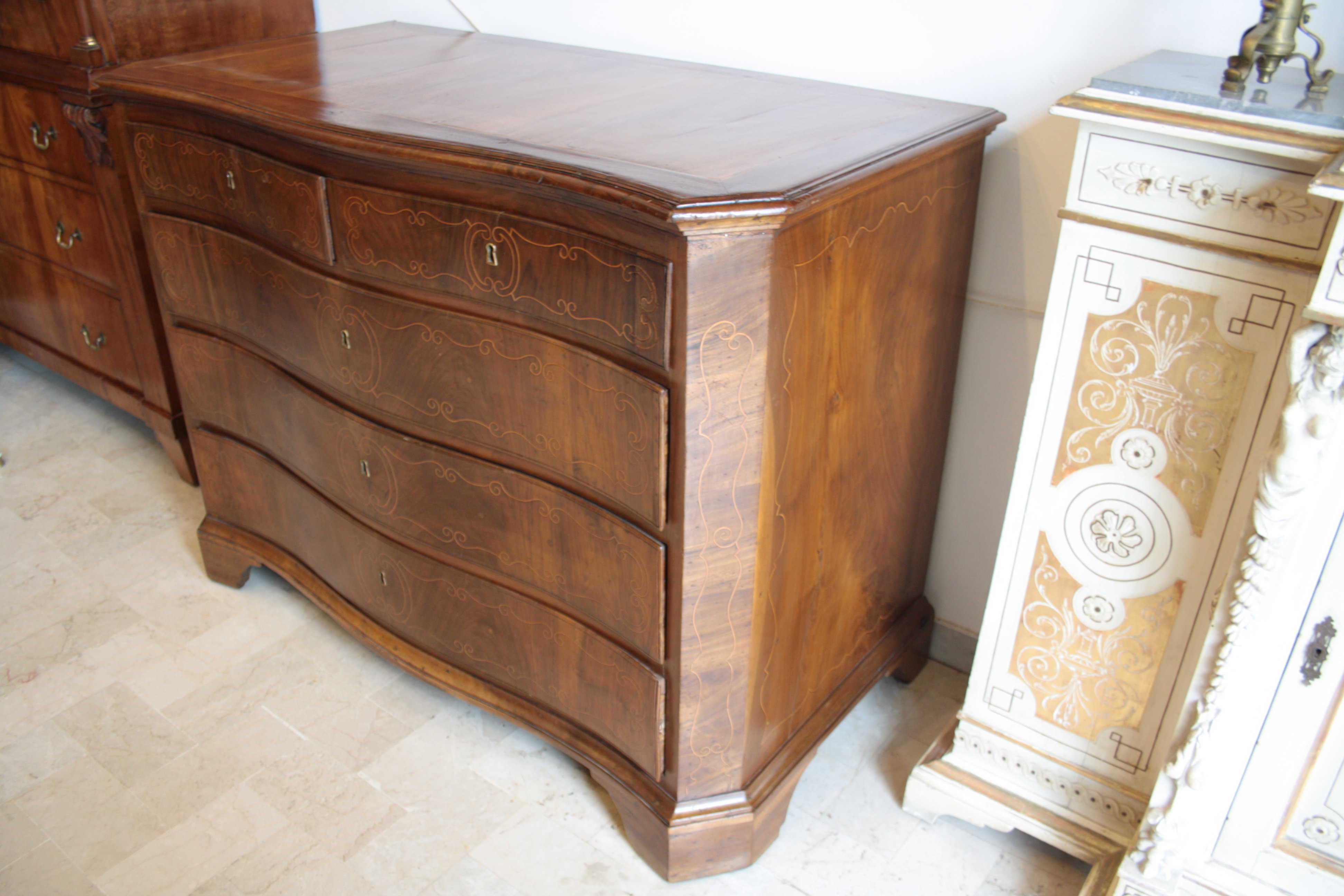 Walnut chest drawers dresser Louis XIV XIV